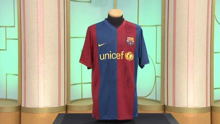 FCバルセロナのサイン入りユニフォーム