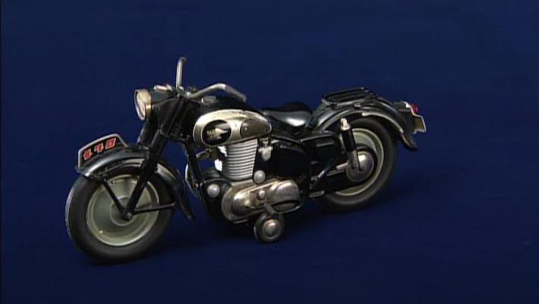 メグロのバイクの模型