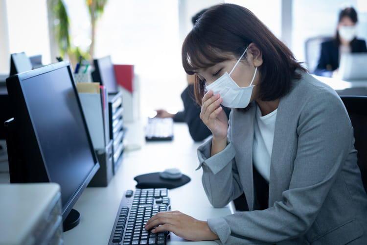 ない 行か インフルエンザ に 病院 インフルエンザは病院に行くべき?市販の薬で熱下がる?早く治す方法は?