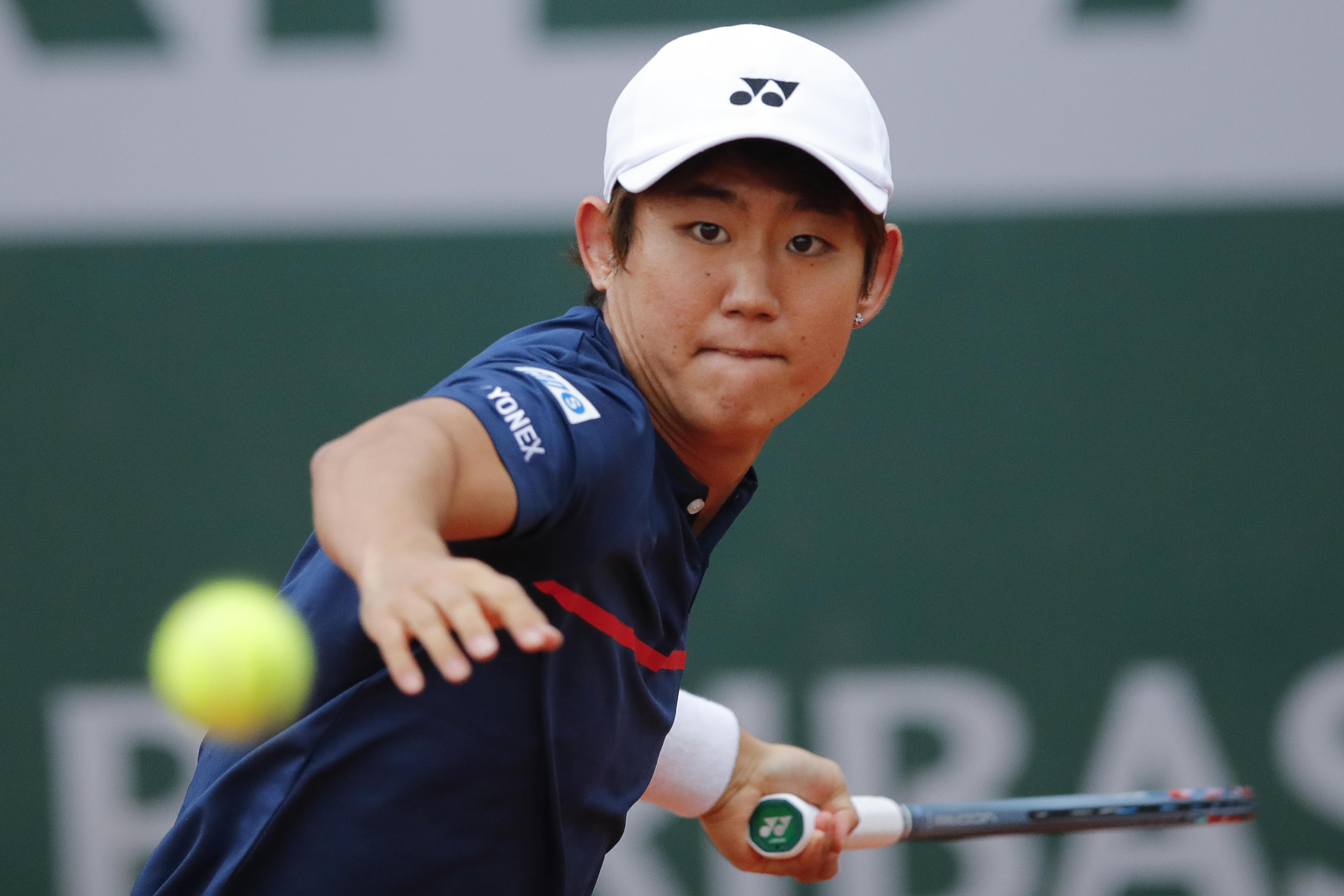 【全仏テニス】西岡良仁 初戦突破!世界22位のシード選手にストレート勝利