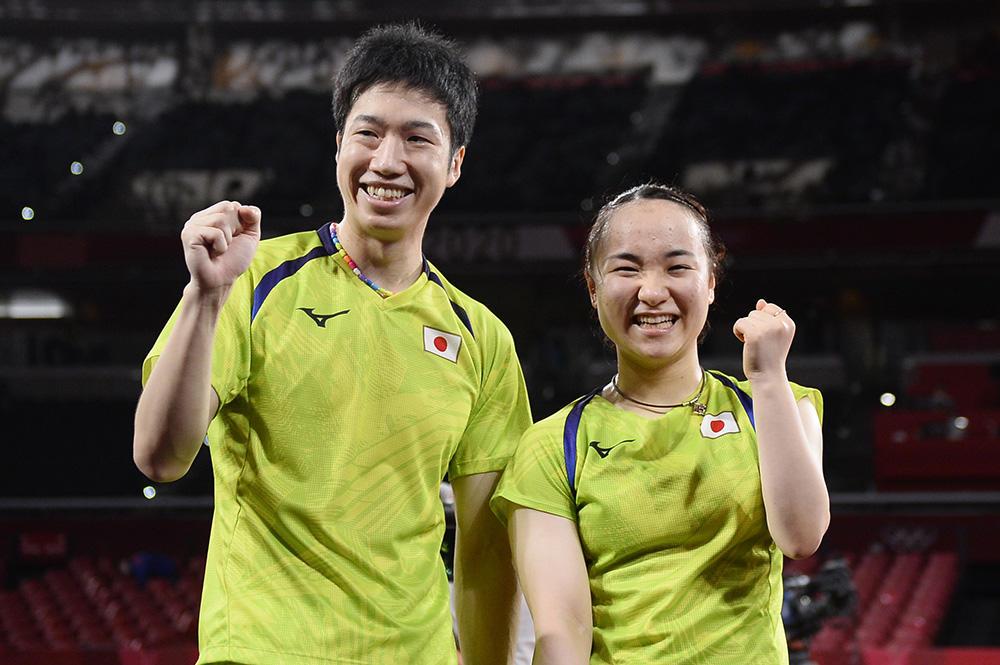 水谷・伊藤 世界1位を破って銀メダル以上確定「最高です。すごく楽しかった」中国ペアとの頂上決戦へ【五輪卓球】