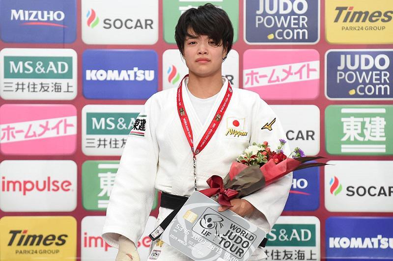 表彰式でも涙が止まらなかった。Photo_ItaruChiba - コピー.JPG