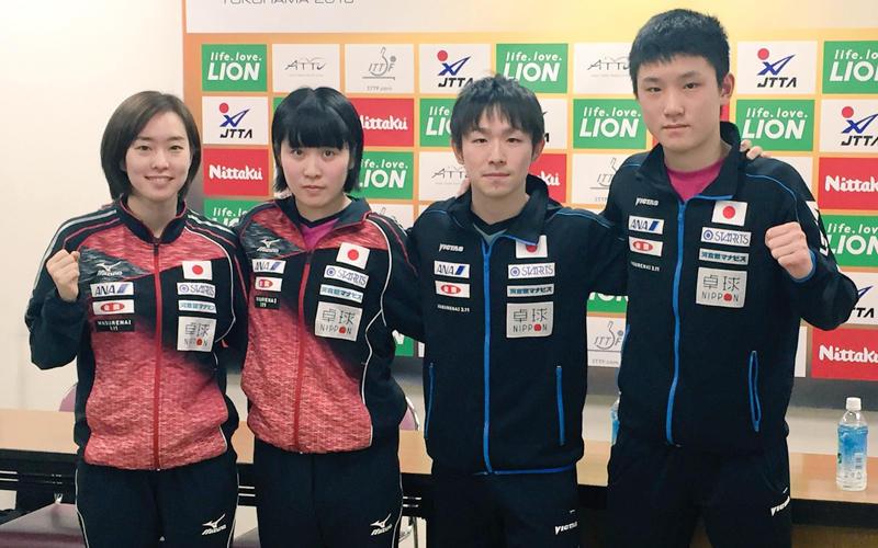 左から石川佳純、平野美宇、丹羽孝希、張本智和