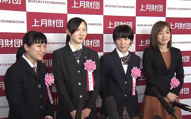 左から伊藤美誠、早田ひな、平野美宇、石川佳純