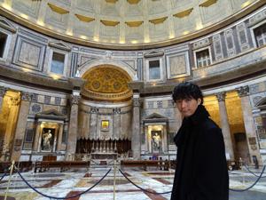 イタリア:成宮寛貴