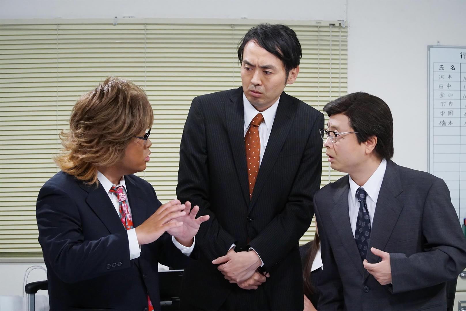 左から:中岡創一(ロッチ)、田中卓志(アンガールズ)、河本準一(次長課長)
