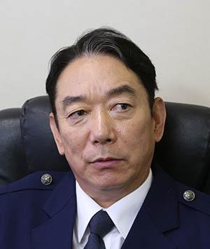 石丸謙二郎(谷本敬三角色)